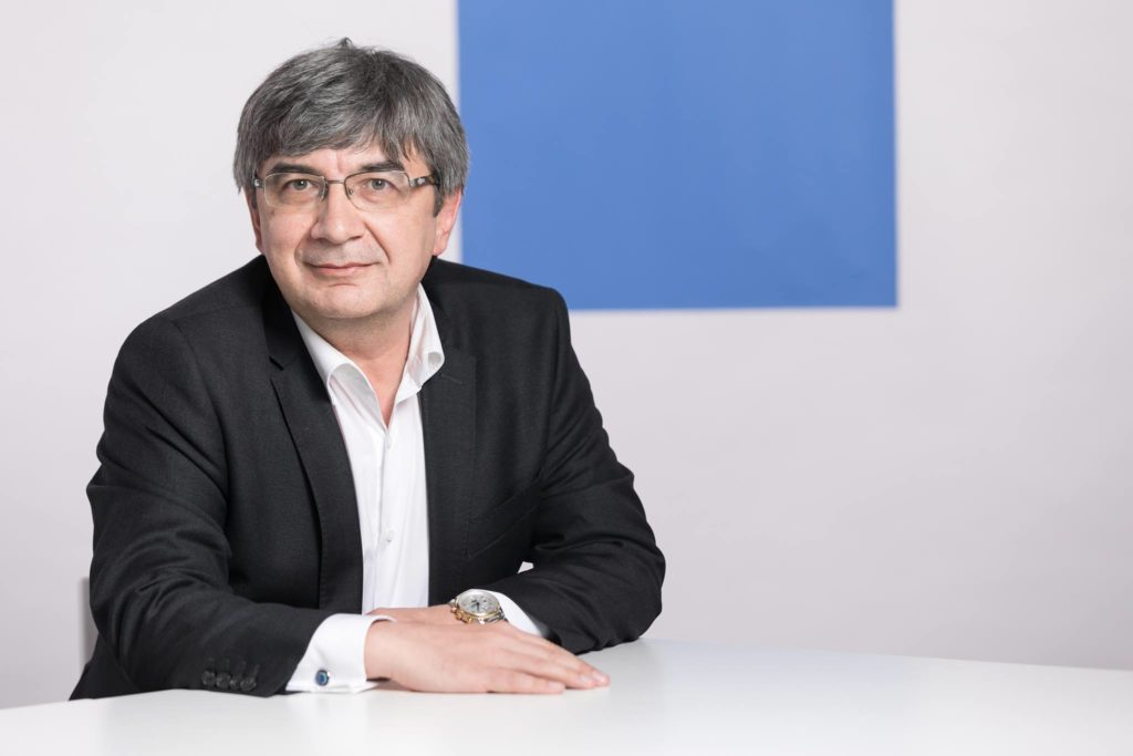Dr Victor Clatici
